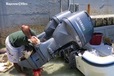 船外機のチルトモーターブラシ交換