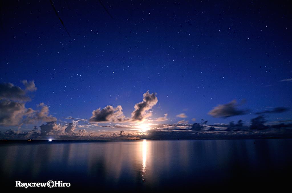 マーシャル諸島で観る満月【マジュロ環礁】